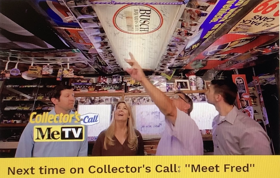 I was On, MeTV's, Collector's Call, S2E6, Meet Fred,with, Lisa Whelchel, shown was Our autographed, 1957, Busch Beer, Lamp,