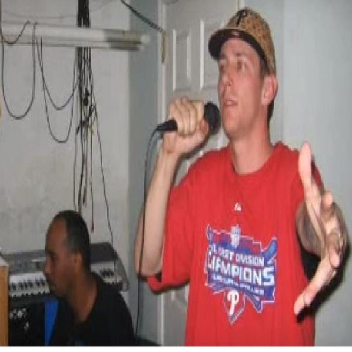 DJ Greenguy wit Singutter in Sluggerville Studio 7
