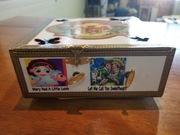 Cigar box Music Box. Side 1