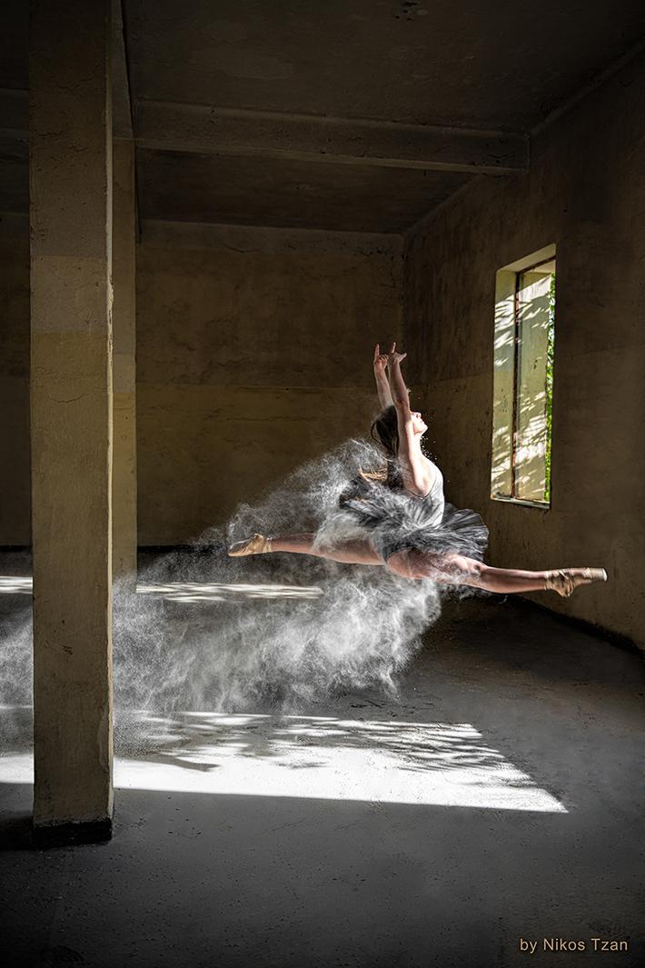 Ballerina with flour 5