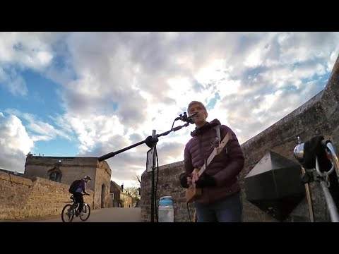 Last Busk before lockdown - 6 songs on St Ives Bridge - with 3 String Cigar Box Guitar