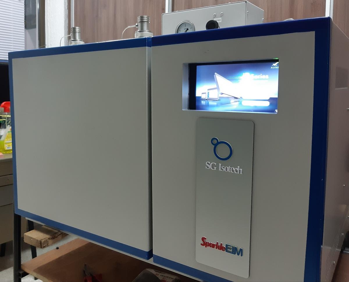 SparkleEIM - A new universal instrument for a new scientific era