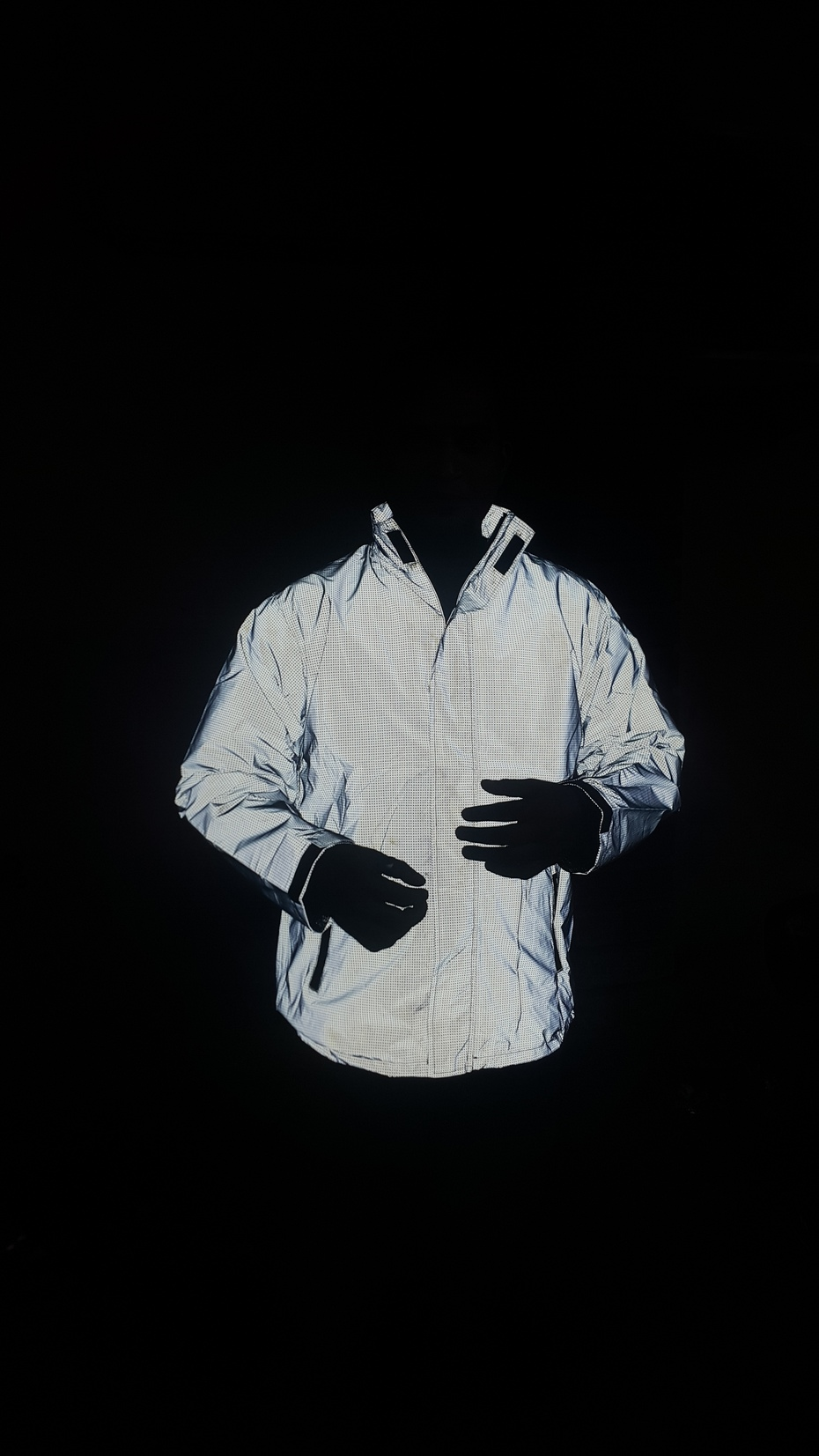 Reflective jacket under mobile flash