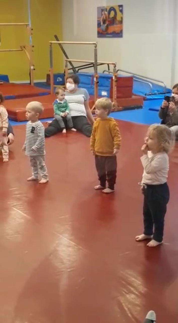 Arthur, les petits loups, les loupiotes et les bulles