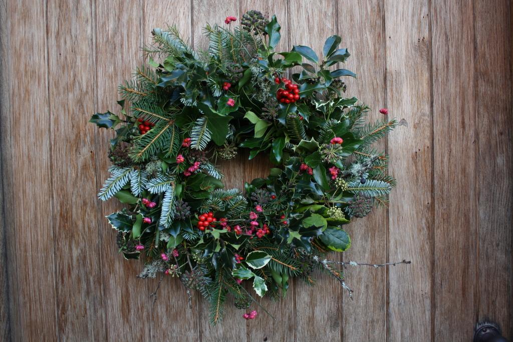 Irish Christmas.The Irish Christmas Wreath The Wild Geese