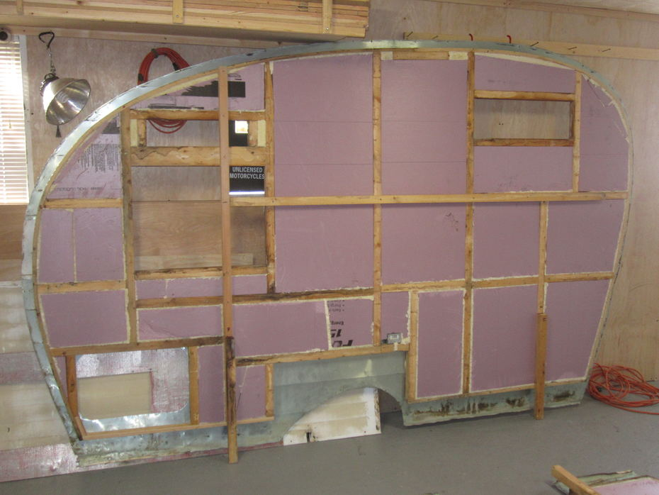 Wall L Insulated 2