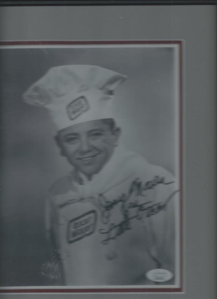 Jerry Maren signed photo as {Little Oscar} for Oscar Mayer. Pur