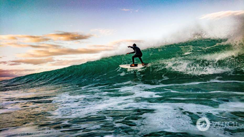 Paulo charging down the line, Pipe, Pe