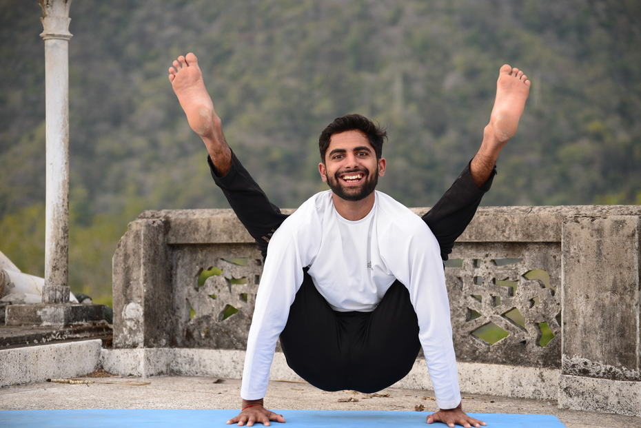Yoga Teacher Training Course in Rishikesh | Yoga Asana
