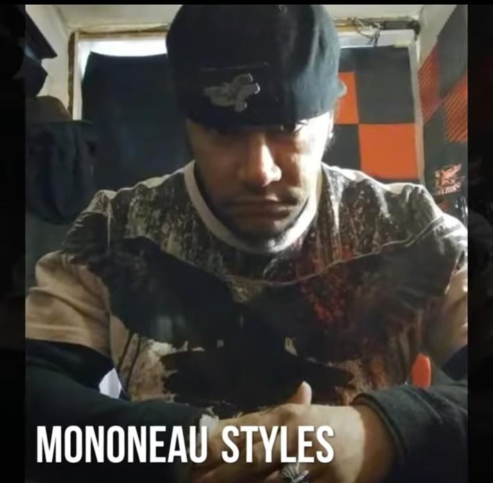 Mononeau Styles