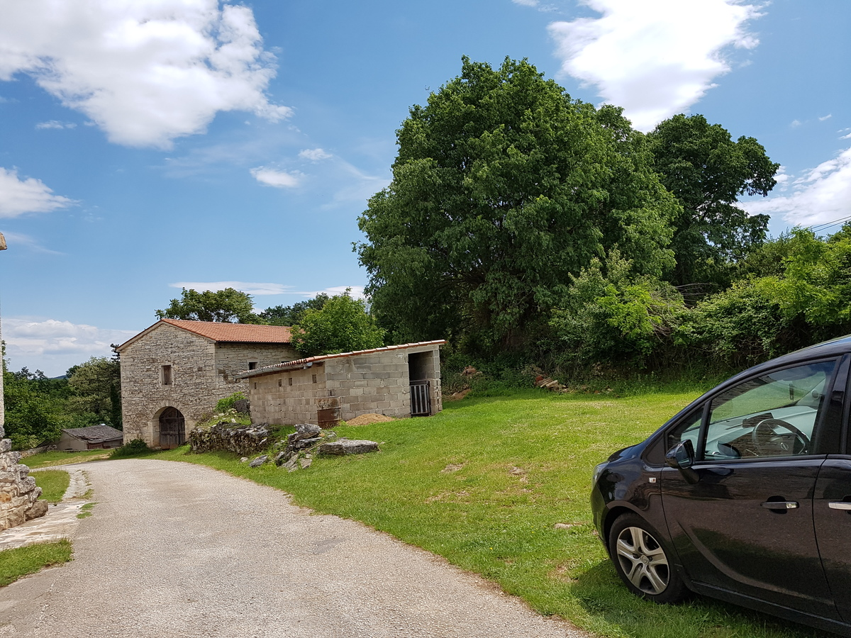 Građevinsko Zemljište Grožnjan - Martinčići, Istra