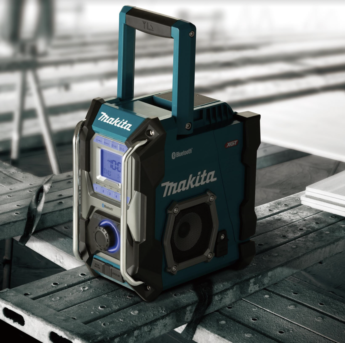 MAKITA LAUNCHES LATEST PROMOTION FOR END USERS WITH A FREE XGT 40VMAX RADIO