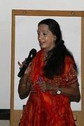 A Psicologia do Yoga e Dança Indiana - Dra Uma Krishnamurthy ( India ) pela primeira vez na PAX UNIVERSAL