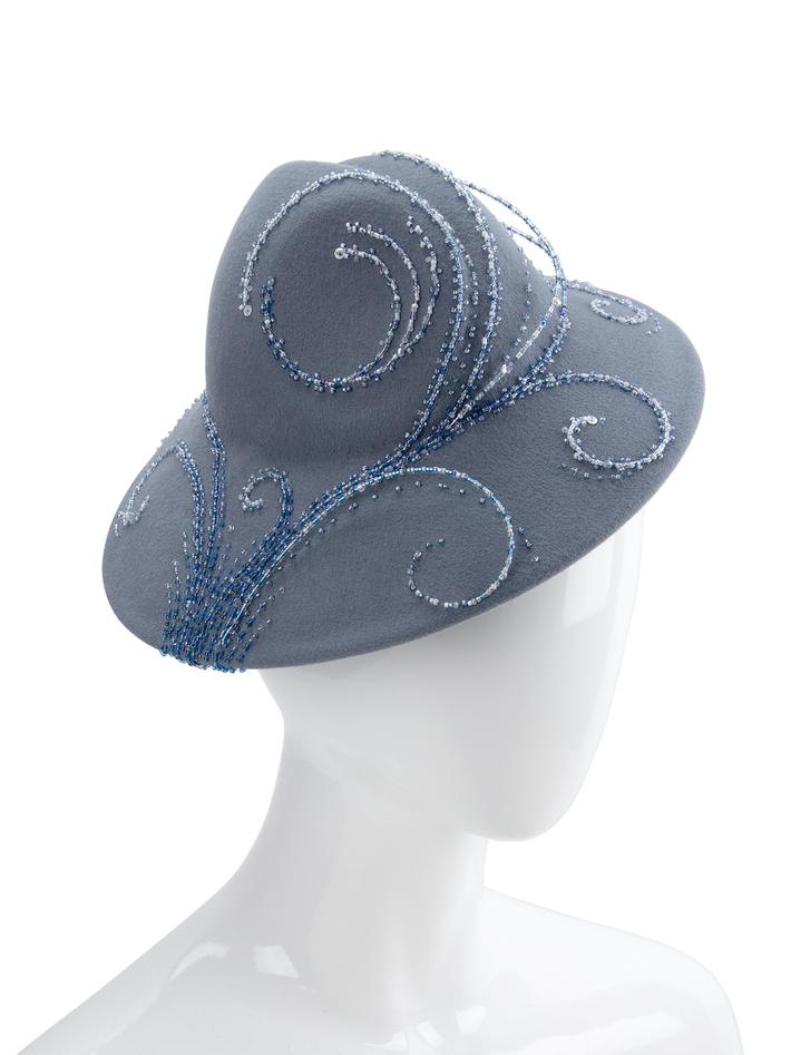 ocean-motif beaded hat