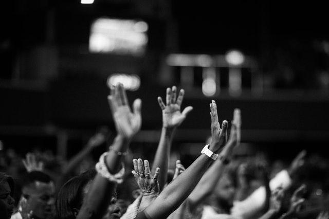 Daily Devotional: Let God Be Praised!