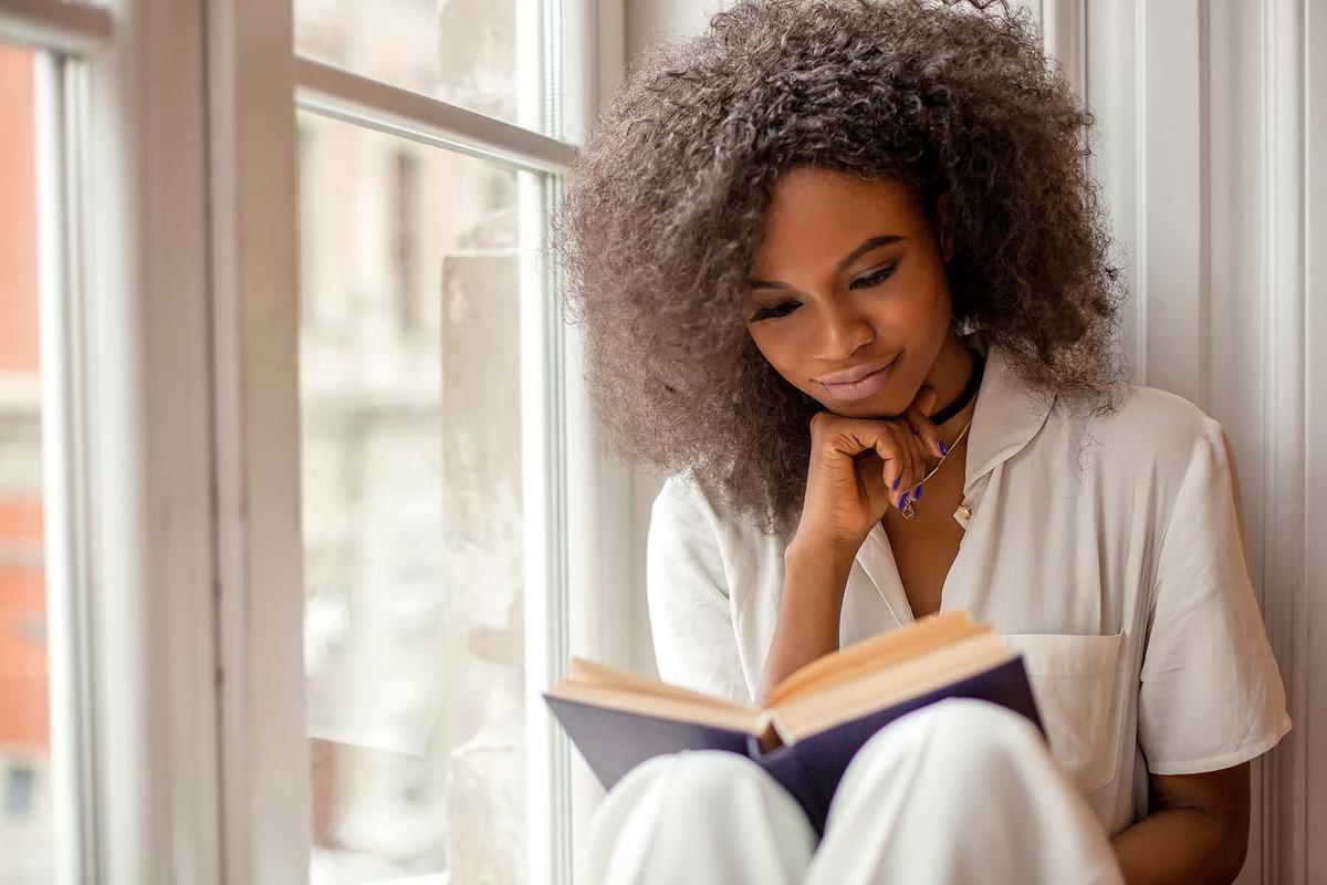 "Proverbs 12:4 Devotional: ""A Virtuous Woman is a Crown…"" (Part 2)"