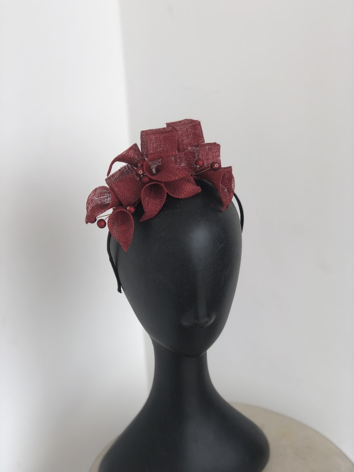 Exquisite headpiece
