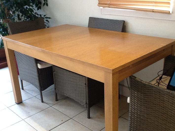 Ikea Bjursta Dining Table 50 00 Ono