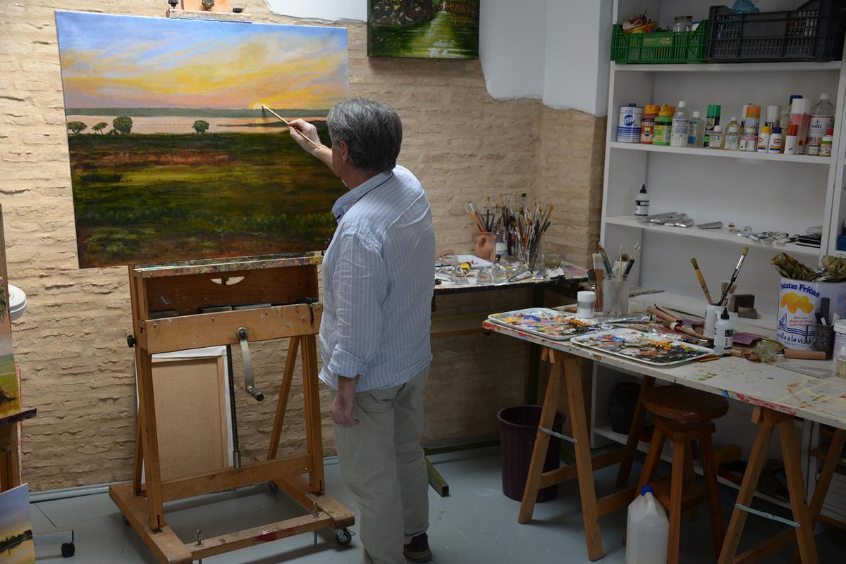 Juan Depunto entrevista al escritor y pintor Juan Villa