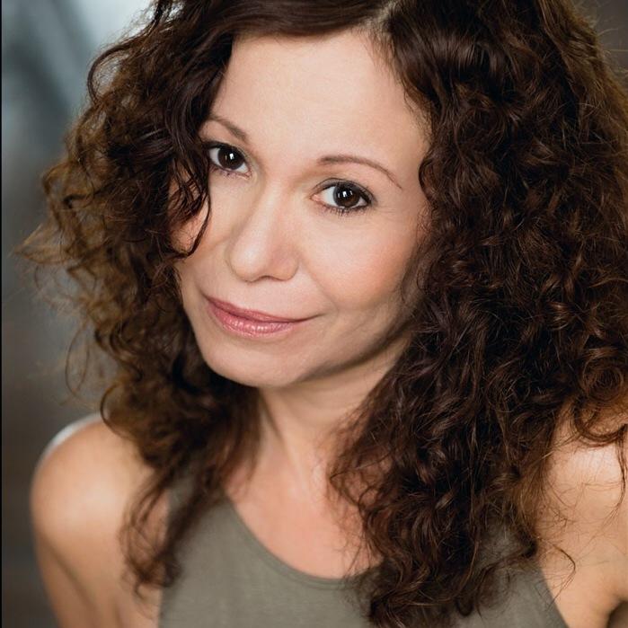 Niki Zahava (Marjorie Tatum)