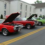 Friday Night Cruise In -Kingsport, TN
