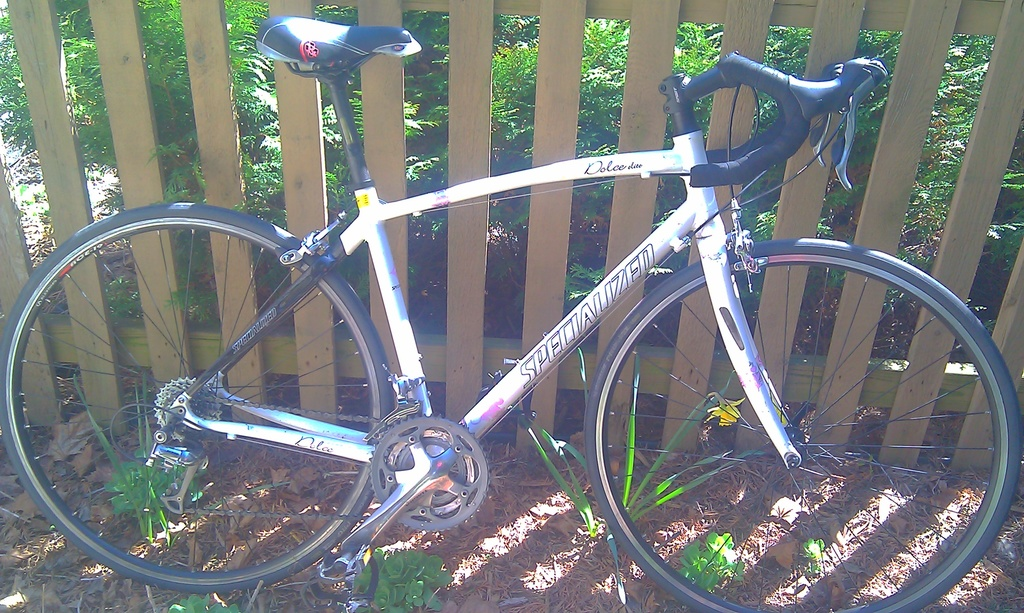 for sale: 2008 Specialized Dolce Elite (Women's Road Bike