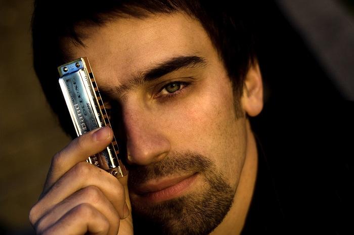 Q&A with Croatian harmonica player Tomislav Goluban - burst