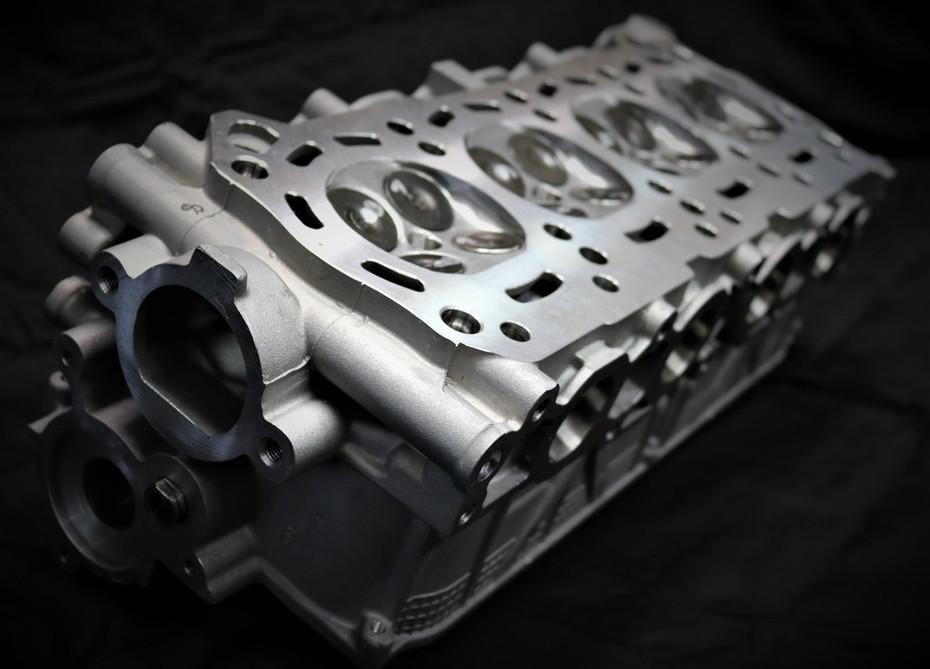 AM15 Engine Head